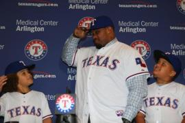 hi-res-451956211-prince-fielder-of-the-texas-rangers-shares-a-moment_crop_north